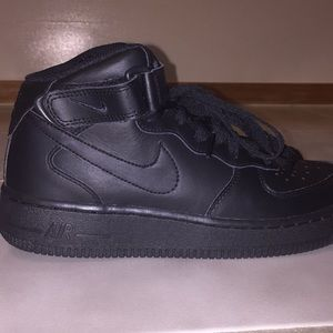 Nike Air Force Ones Size 5.5Y Fit Woman Size 7